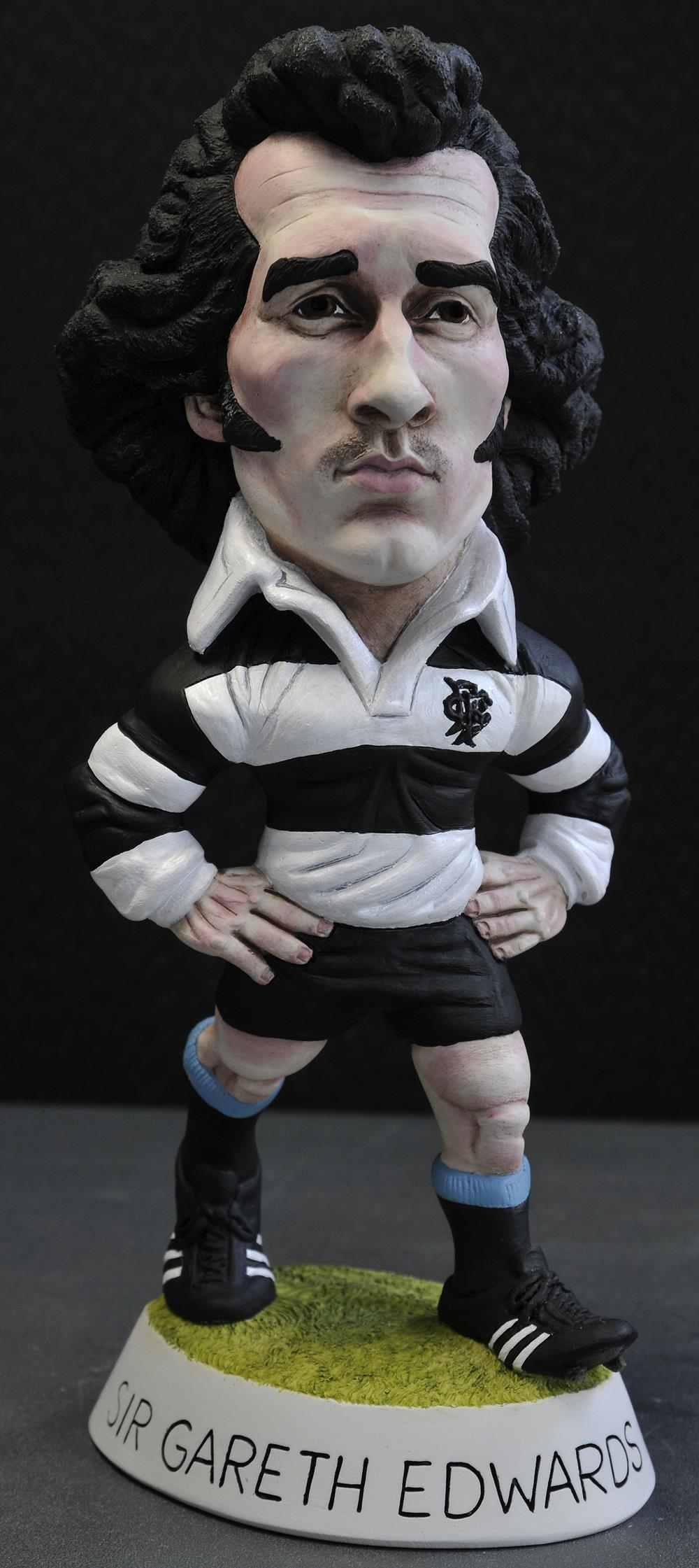 "9"" Barbarians Sir Gareth Edwards CBE *Delivery B4 Xmas*"